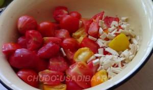 аджика из помидоров острая